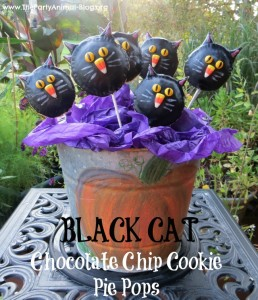 black cat chocolate chip cookie pie pops 1